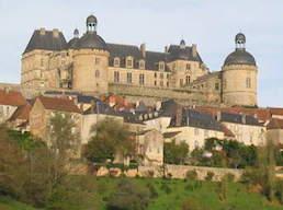 Hautefort en Dordogne